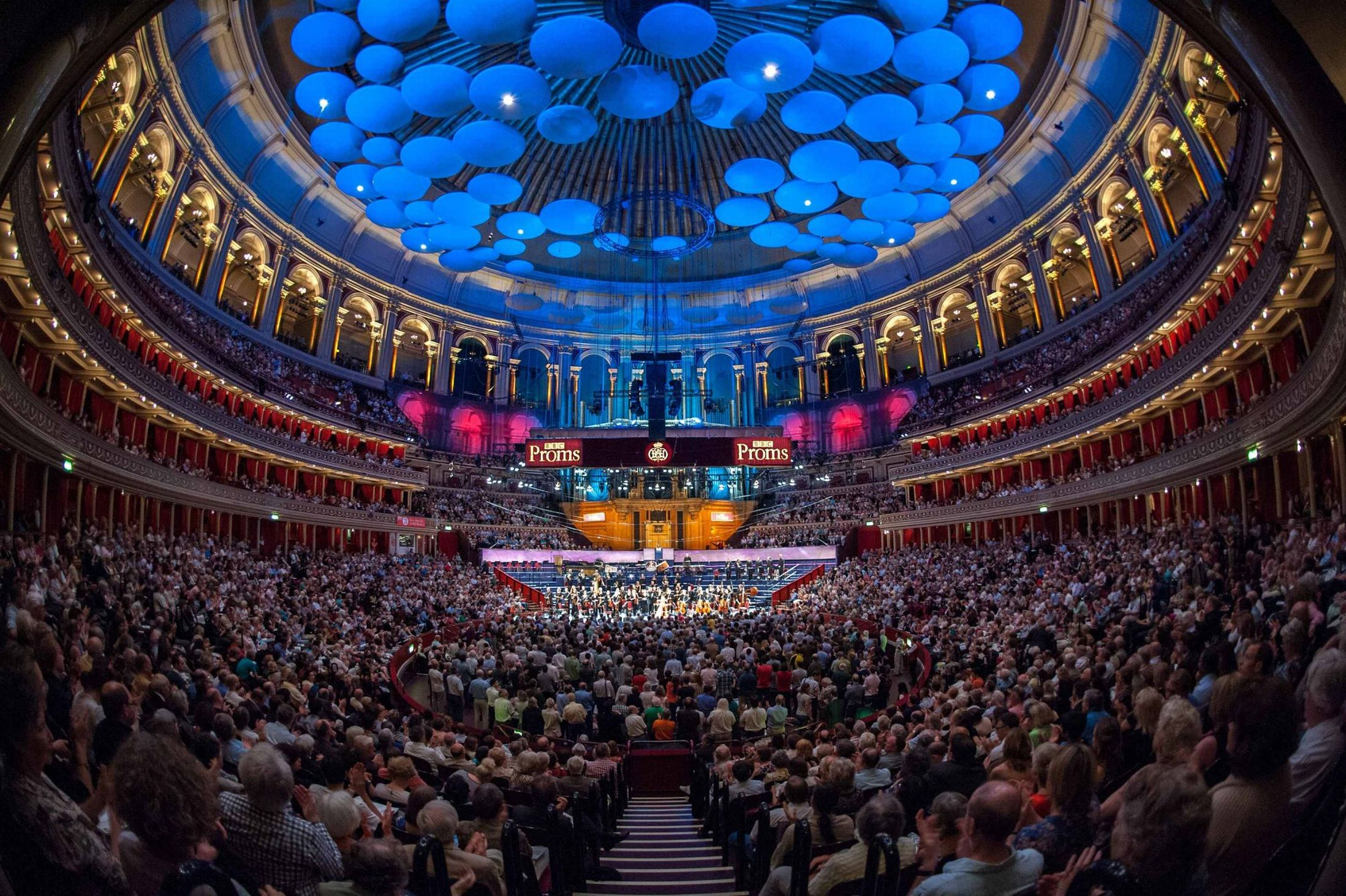 Sincura have a variety of VIP stalls tickets and Boxes for the Last night at the proms